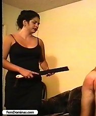 Pissed off bitch punishes her boyfriend